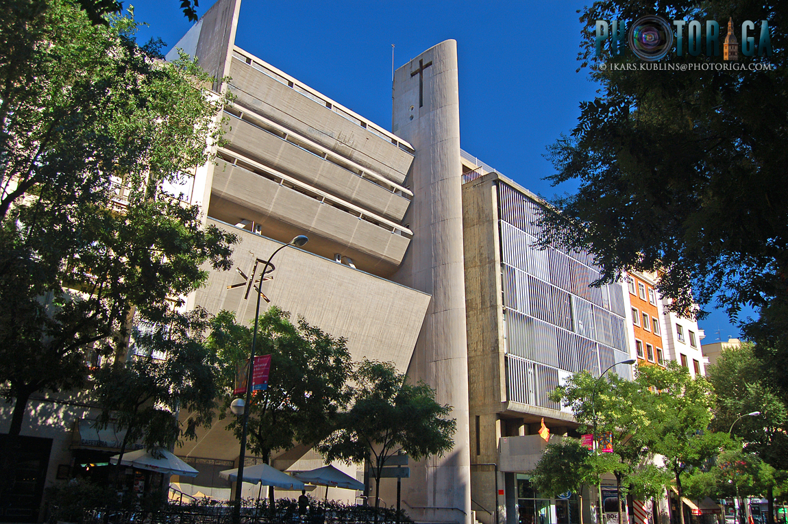 Brutalism church in Madrid - Nuestra Señora del Rosario de Filipinas